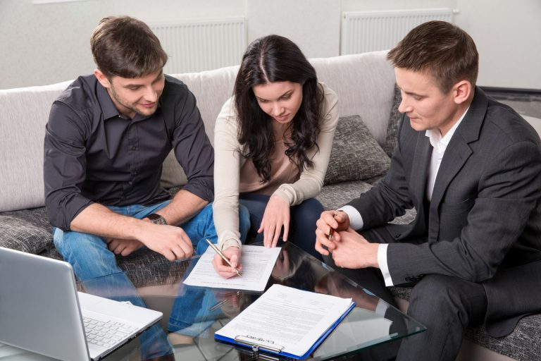 How to take a detailed loan application